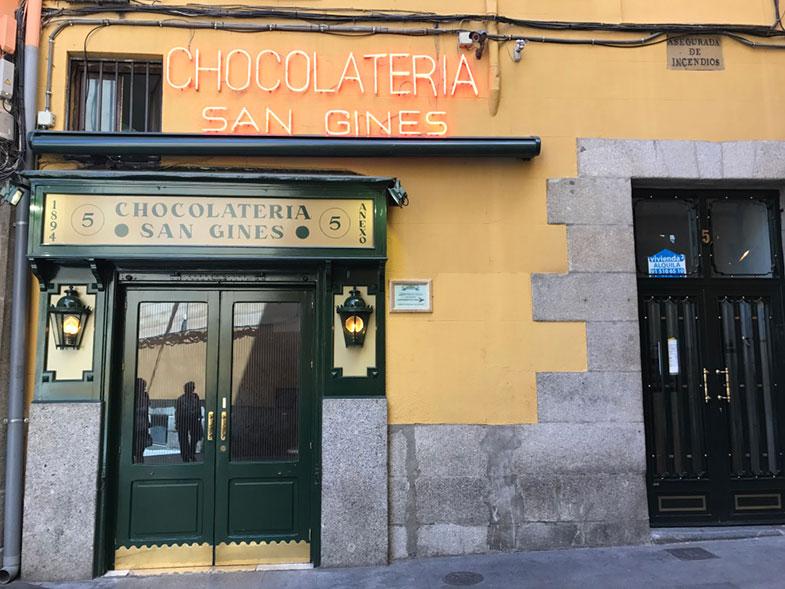 Onde comer tradicionais churros em Madrid