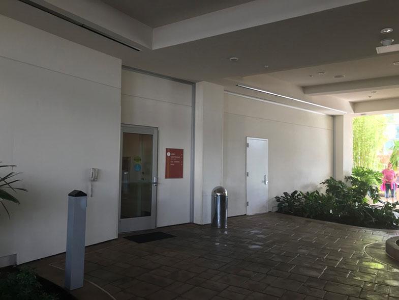 Acesso aos quartos do hotel dentro da Universal