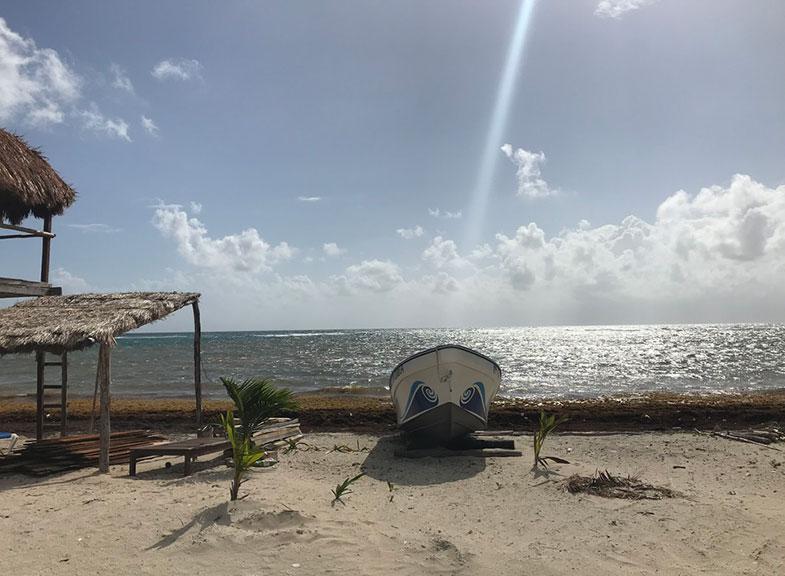Praia em Costa Maya