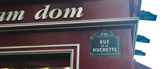Porque ir à Rue de la Huchette em Paris