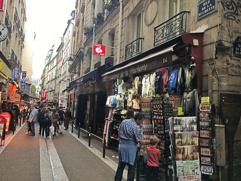 Como é a Rue de la Huchette em Paris