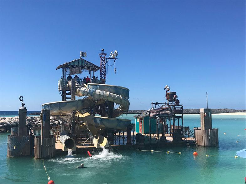 Pelican Plunge na ilha particular da Disney