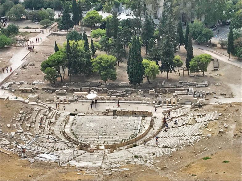 Ruínas do Teatro de Dionisio na Acrópole de Atenas