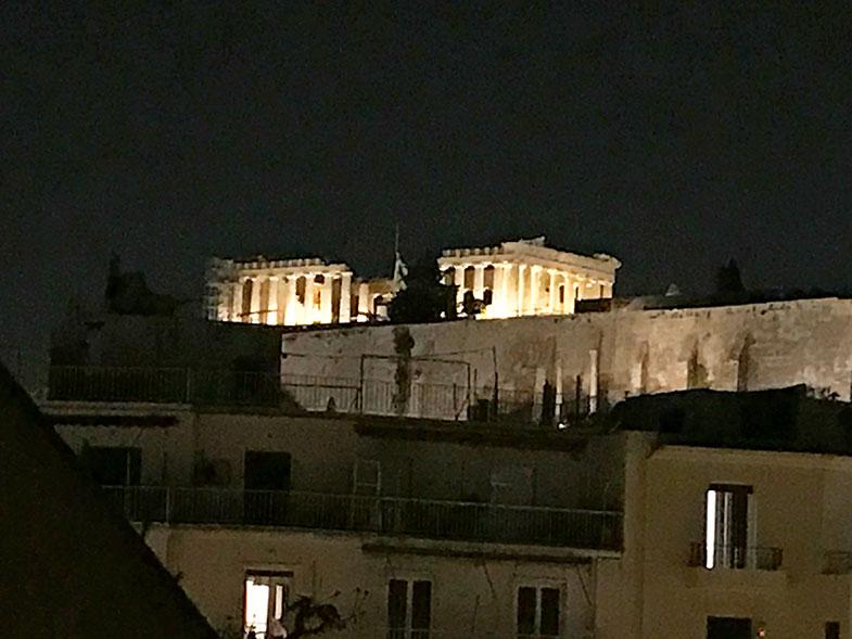 Vista da Acrópole à noite