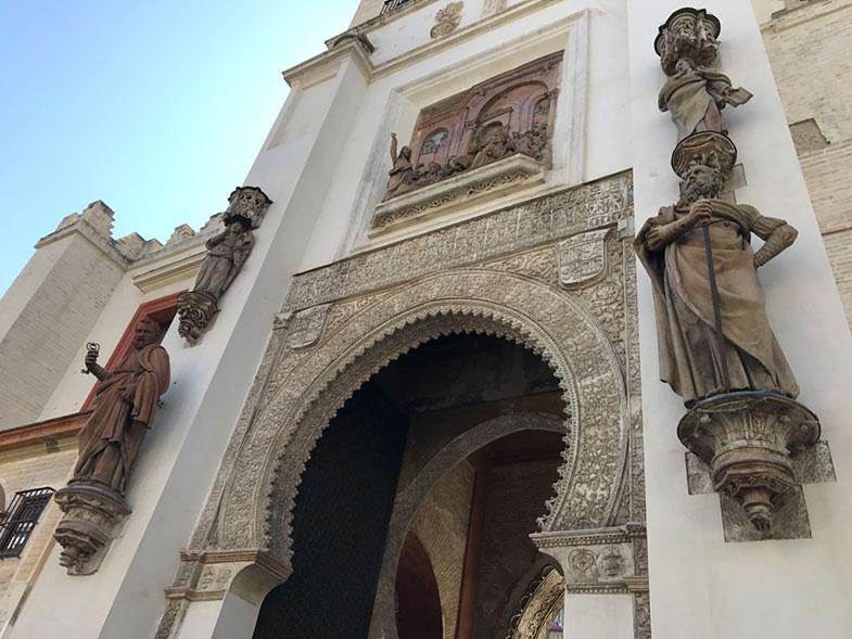 Entrada da Catedral de Sevilha