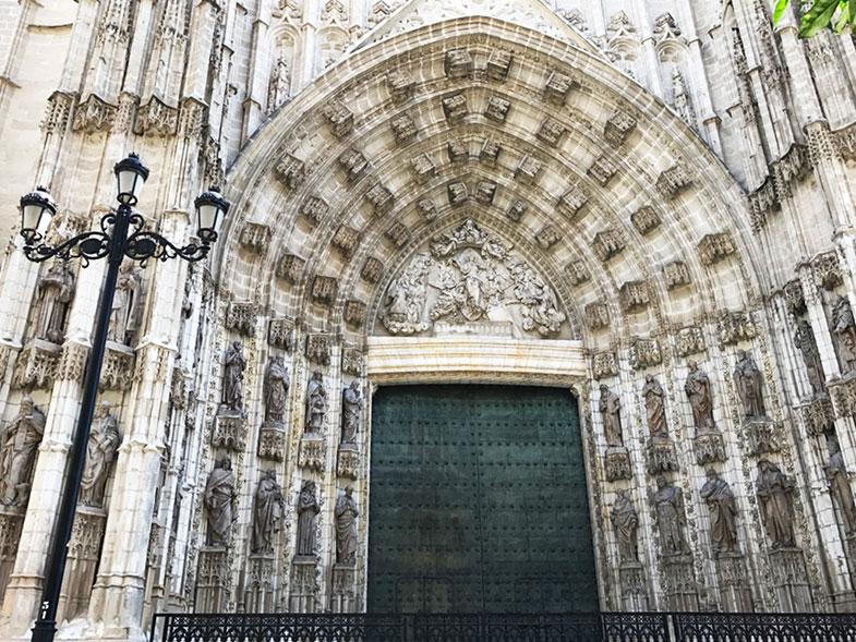 Porta da Assunção na Catedral de Sevilha