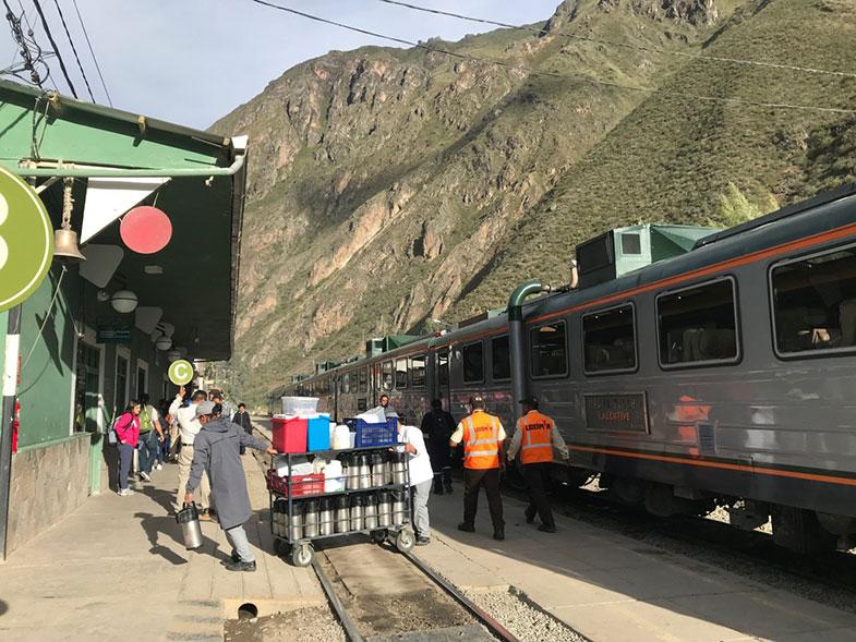 Estação de trem para Machu Picchu em Ollantaytambo