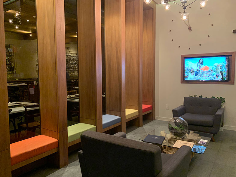 Lobby do nosso hotel m Little Italy