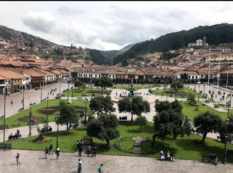 Vista da Plaza de Armas do alto da Catedral de Cusco