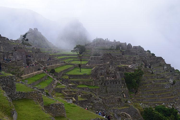Machu Picchu logo cedo da manhã