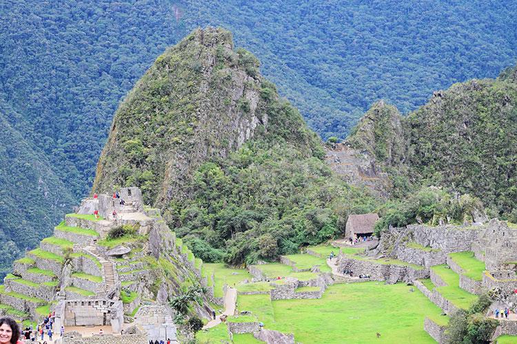 Montanha de Waynapichu em Machu Picchu