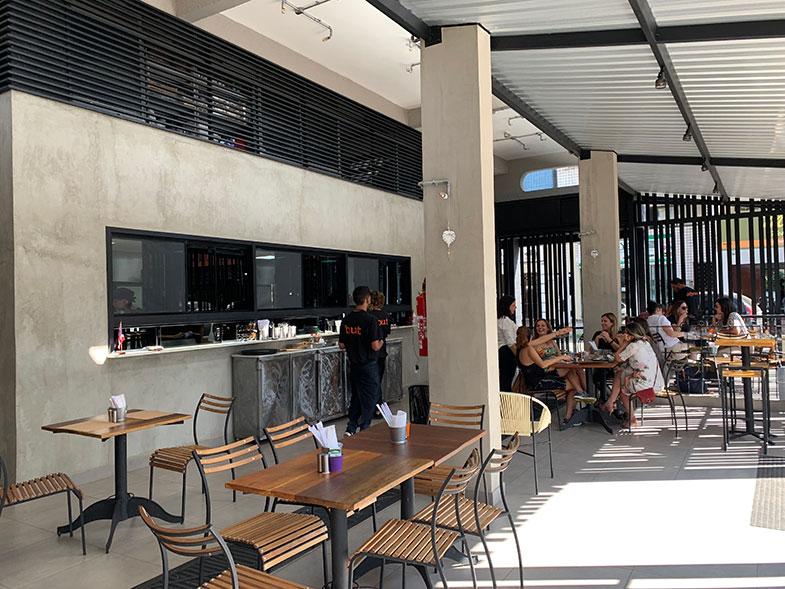 Comida asiática e baiana em Brasília