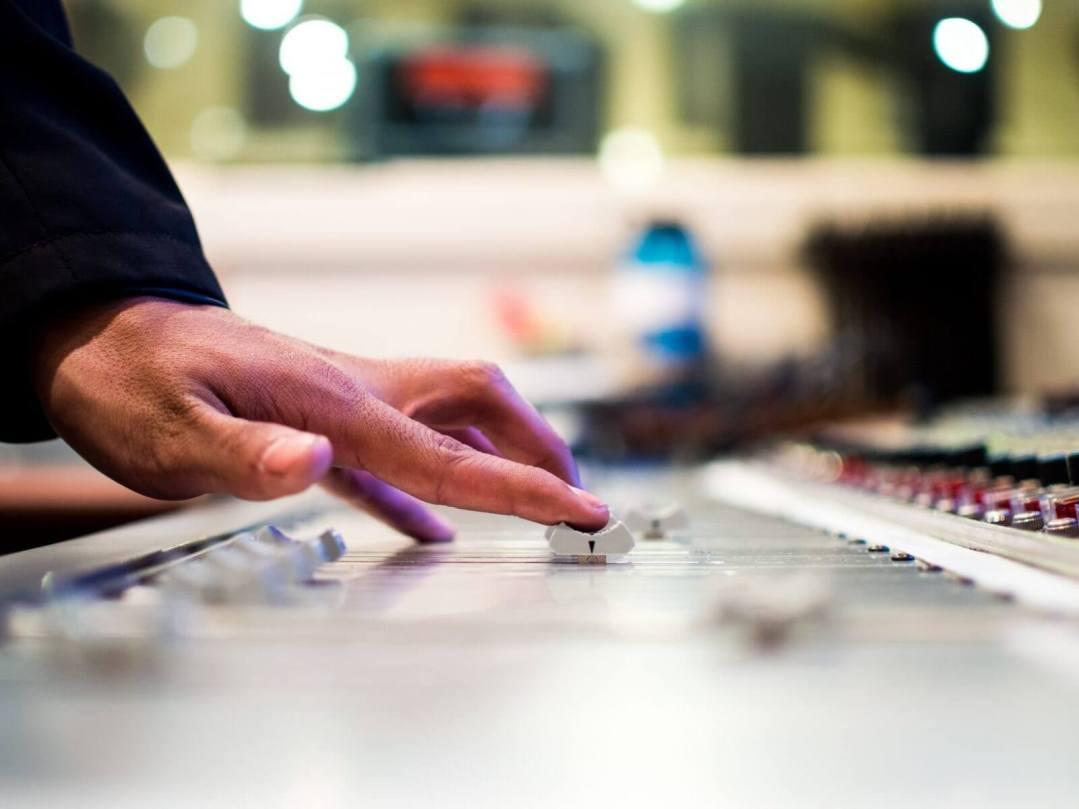 cantocoach-studio-recording-drew-patrick-miller-305