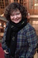 Sandra Abrano - Editora e escritora