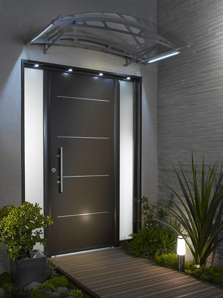 Pensilina Reggio Emilia  realizzazione tettoia metallica