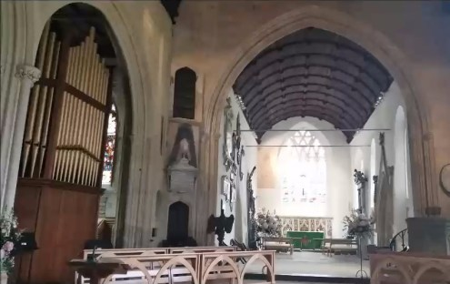 Holy Trinity Church Bradford on Avon.mp4_snapshot_00.18_[2018.06.17_14.06.47]