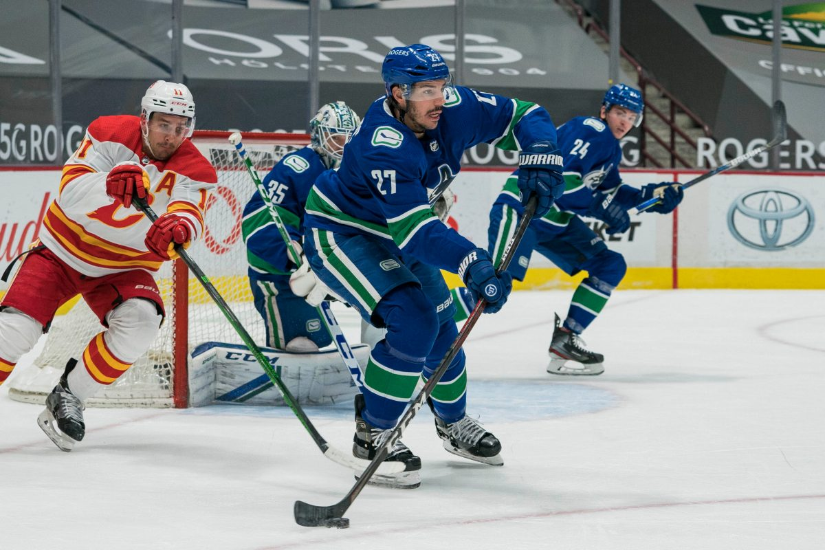 Canucks: Travis Hamonic is in Vancouver and will report to Abbotsford