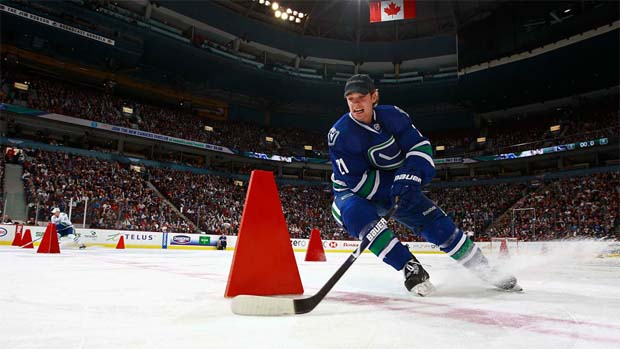 Mason Raymond competes in the Vancouver Canucks fastest skater skills competition.