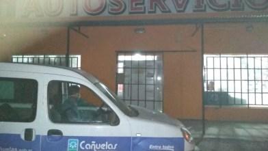 Cañuelas, Clausuraron un supermercado en Petión por no cumplir con el horario de aislamiento.
