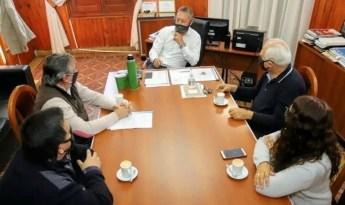 Córdoba Cruz del Eje: El intendente Claudio Farías recibió a empresarios de hoteles y hospedajes