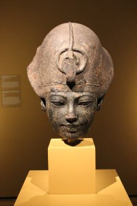 Statue of government official Sennefer, dating back to about 1479 to 1425 B.C.