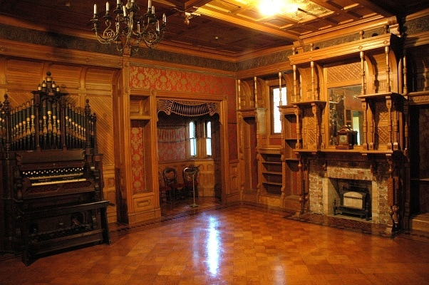 Inside The Haunted 160 Room Winchester Mystery House
