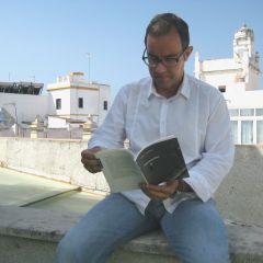 """Angel Mendoza:  """"La poesía es una manera de reivindicar la individualidad"""""""