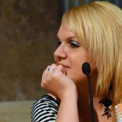 """Rosario Troncoso: """"el conflicto interior se palpa en todo lo que escribo"""""""