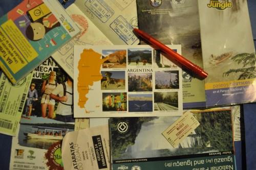 J+30 Écrire une carte postale à chaque nouvelle destination