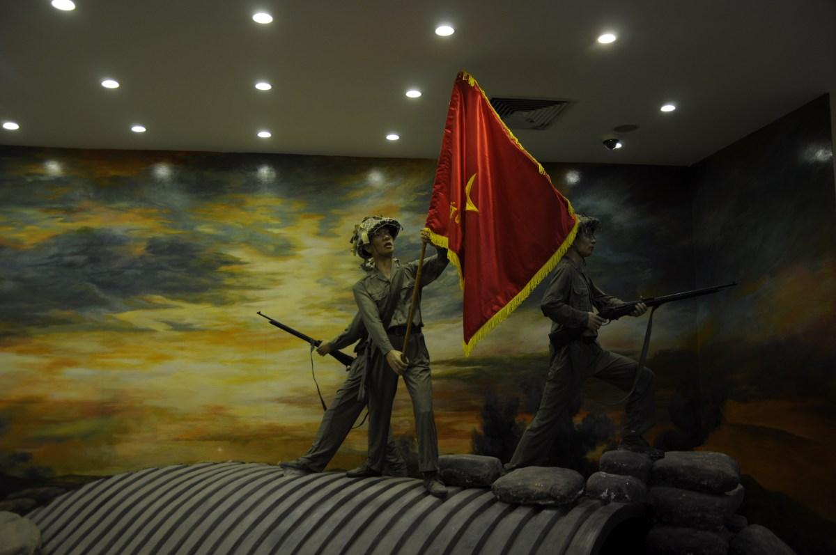 J+234 Revenir sur les traces de la guerre d'Indochine…