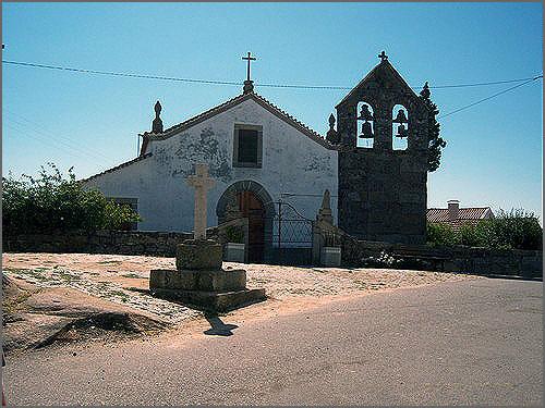 Igreja de Cheiras - Terras do Jarmelo