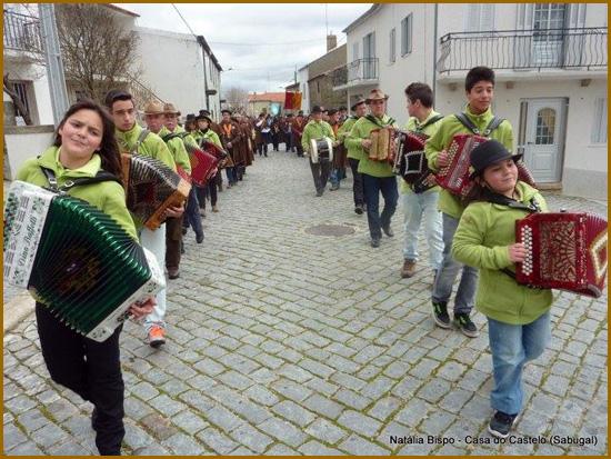 Desfile de Confrarias no V Capítulo em Aldeia do Bispo - Confraria do Bucho Raiano (foto: Natália Bispo)
