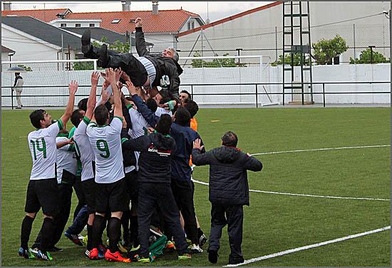 O presidente Carlos Janela foi vitoriado pelos jogadores