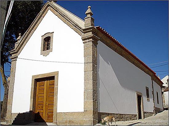 Igreja de Badamalos depois de ter sido recuperada