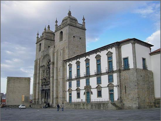 Há 376 anos faleceu D. Gaspar Rego da Fonseca - Bispo do Porto (foto da Sé portuense)
