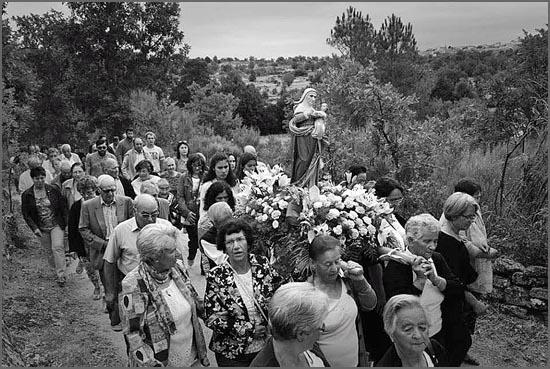 Santa Ana regressa à sua Capela em caminhada de fé (foto bismula.wordpress.com)