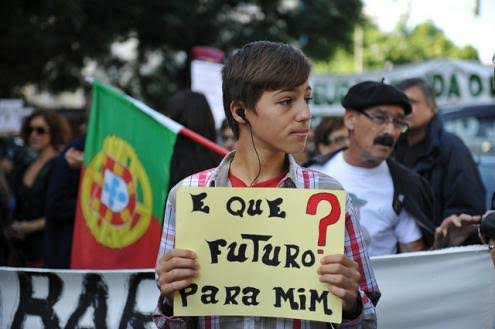 E que futuro para os jovens portugueses? - António Emídio - Capeia Arraiana