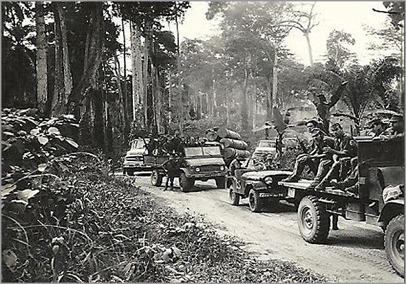Coluna militar portuguesa na picada africana - Capeia Arraiana