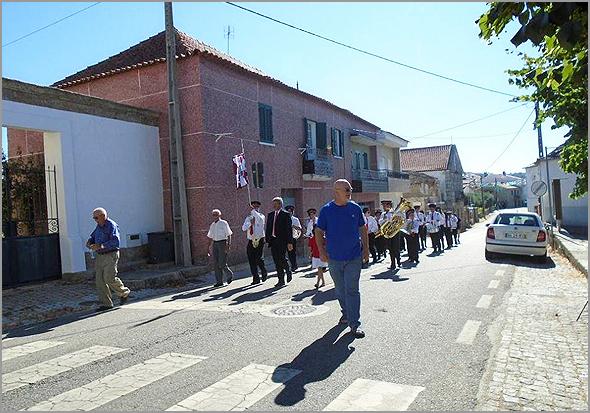 Festa na Aldeia (Foto: Viver Casteleiro) - Capeia Arraiana