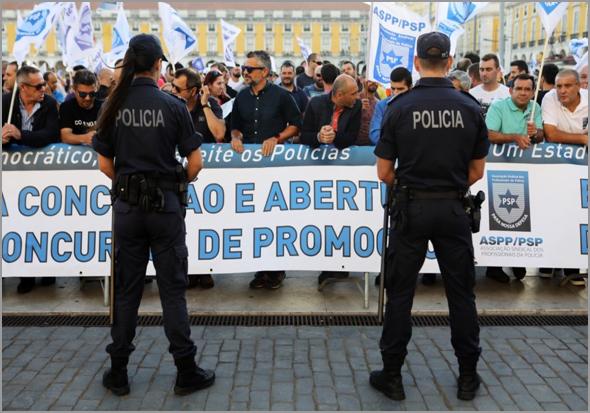 Manifestação da PSP e GNR na Assembleia da República