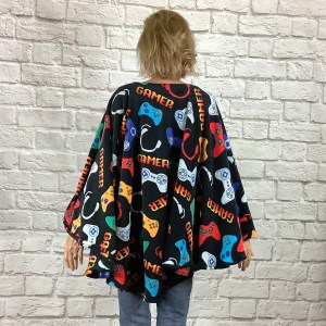Teen hospital gift fleece poncho Cape Ivy gamer