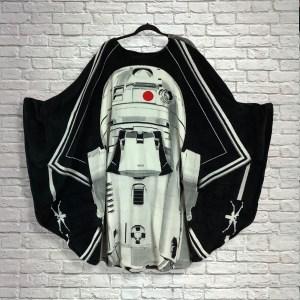 Teen Adult Hospital Gift Fleece Poncho Cape Ivy Star Wars™ R2D2