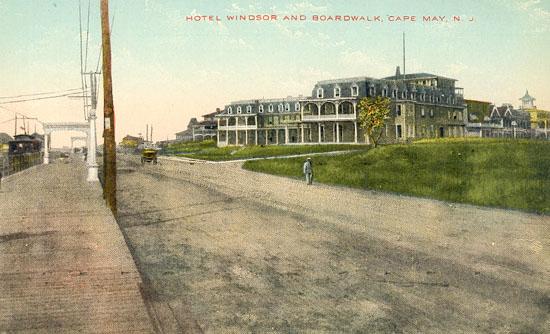 Hotel_Windsor_and_Boardwalk_Postcard