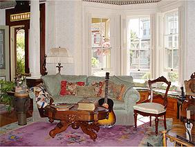 gallagherhouselivingroom2