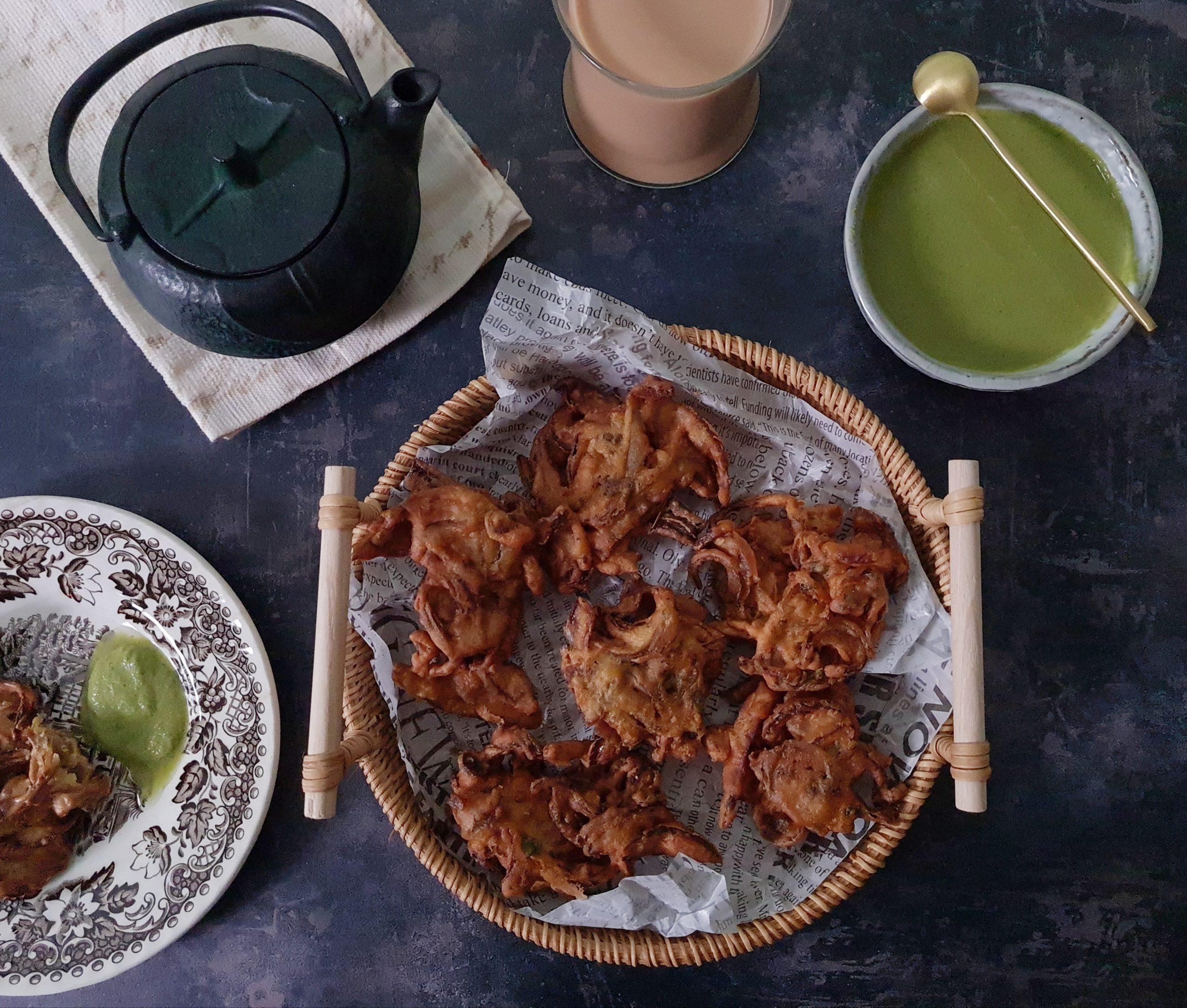 Crisp Onion Pakoras/Bhajiyas