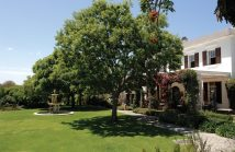 Cape Town Accommodation Vineyard Hotel