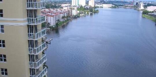 Blue Lagoon Apartments  Miami FL Apartments for Rent