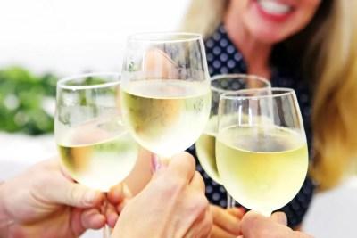 RoxyAnn Guests Enjoying Wine