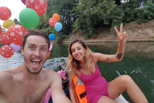Descendre la Seine en pédalo