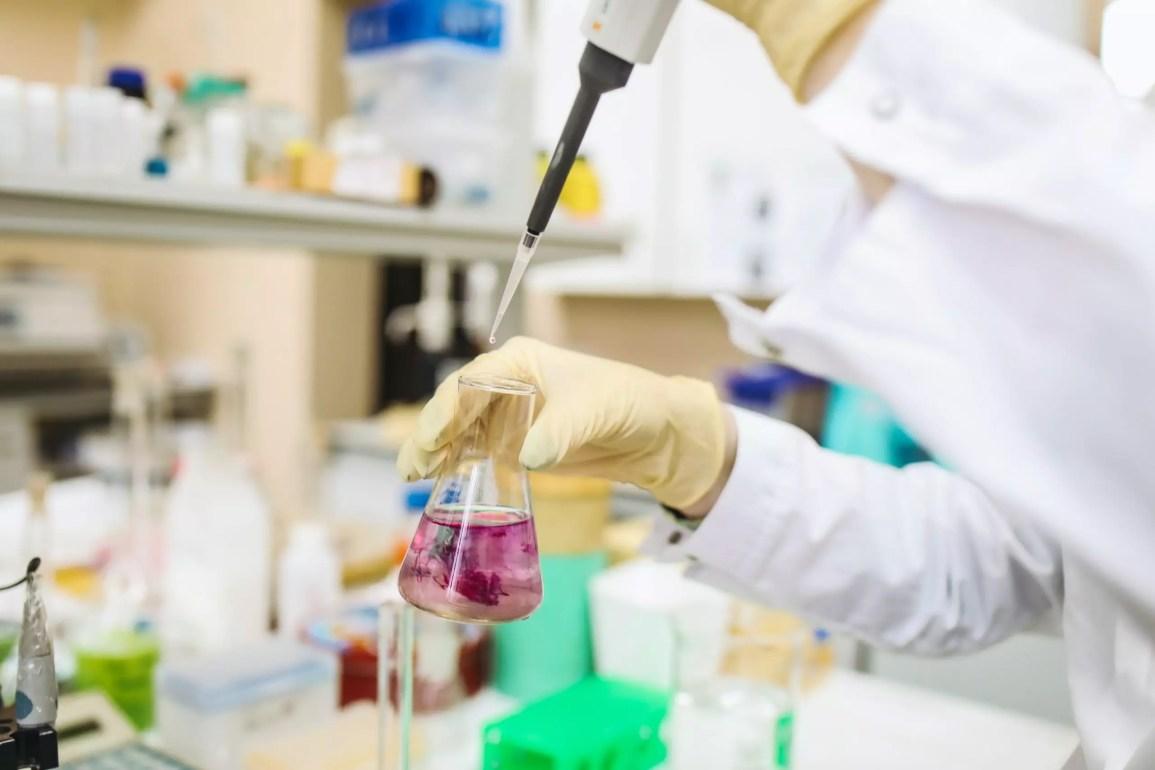 Alta eficacia de AstraZeneca ante variantes